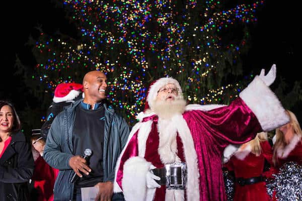 panthers-tree-lighting-santa