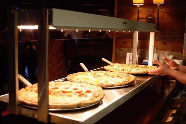 pizza-peel-buffet