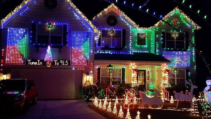 Hard Family Christmas Lights 1641 Shadow Creek St Concord 5 30 P M To 10 Listen On 91 Fm