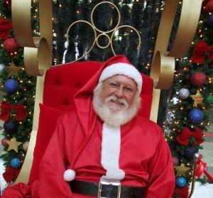 Charlotte free Santa picture